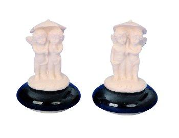 Engelpaar weiß auf Glasstein z.Kleben