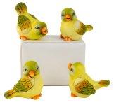 Birds sitting yellow/green h=6cm, w=7cm