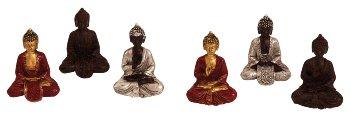 Buddhas in Tütchen in einem Display