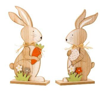 Holz-Osterhase mit Karotte & Ei stehend